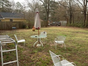 Patio Furniture Removal. Old Patio Furniture
