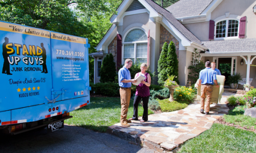 Customer-Service-with-your-junk-removal