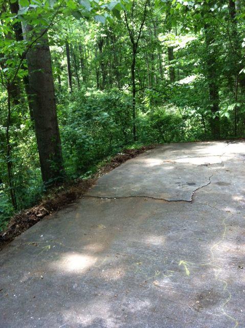 driveway junk removed from Midtown, Atlanta